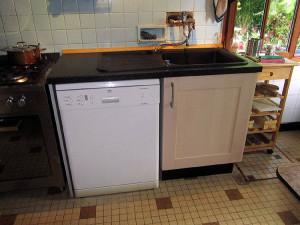 Spülmaschine und neuer Spülenschrank